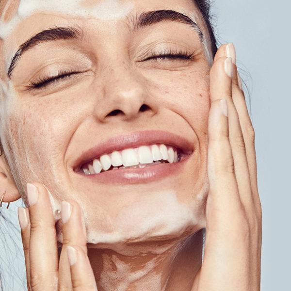 pianka do mycia twarzy, pianka do twarzy, pianka faceboom, instalash